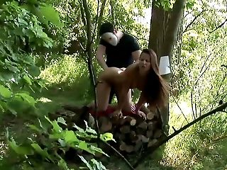 Diva stripteasing while displaying her hot ass then getting banged hardcore in the forest