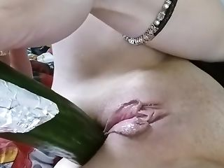 Crazy Homemade record with Brunette, Close-up scenes