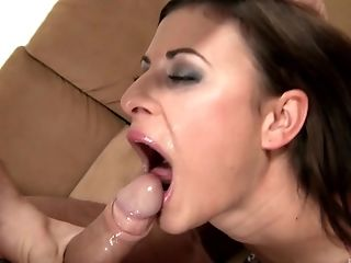 Brunette stunner Billie Star spreading and having her cunt poked
