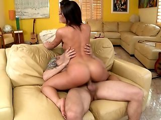 Fat cocks brings the thick babe the pleasure she needed today