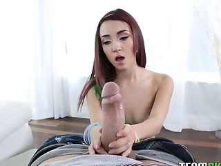 Young hottie Kiley Jay hooks up with barely known elder dude