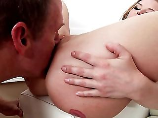Mark Wood gets pleasure from fucking alluring Francesca Les booty before she takes it deep in her mouth