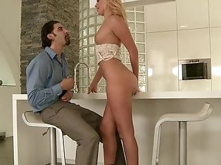 Teen Ivana Sugar gets the pleasure from asshole pounding like never before