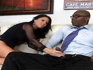 Kendra Secrets is up for big dick and this babe gives fantastic head