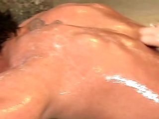 Hot like hell Asian bitch Asa Akira gives a head to white man in bath