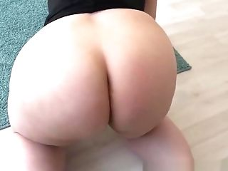 anal Beautiful bbw with a large juicy butt