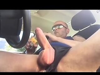 Exhibitionism And Masturbation In a Parking