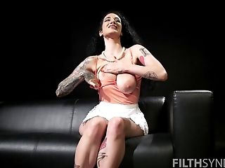 Beautiful Arabelle Raphael masturbates using her fingers and a dirty mind
