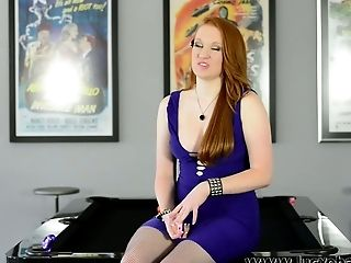 """Sexy camgirl Lucy O""""Hara oozes sex appeal in every scene she does"""